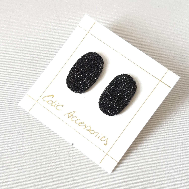 Oorbellen in rog - zwart - ovaal - stekers