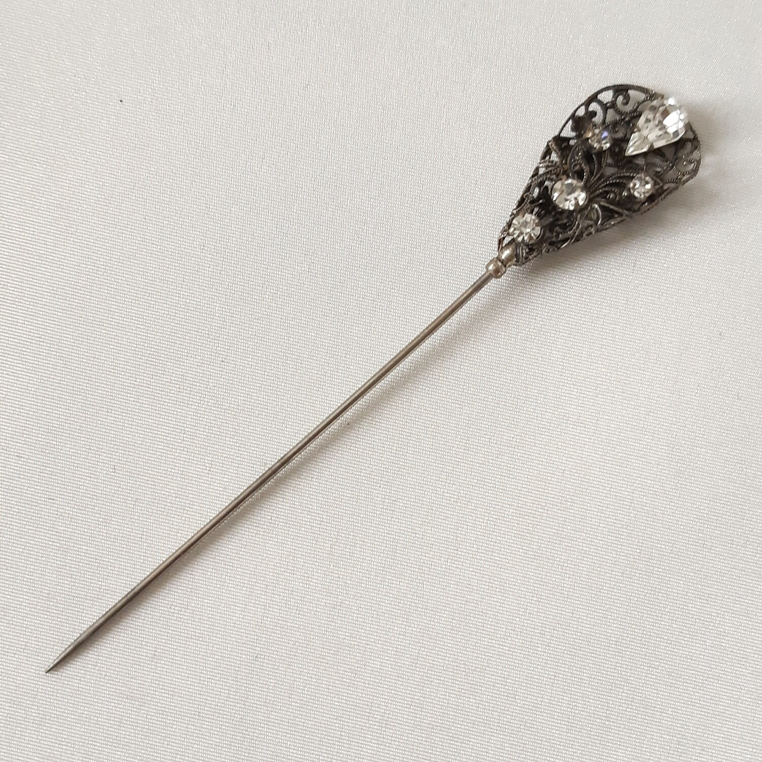 Hatpin - Antique Victorian Edwardian style