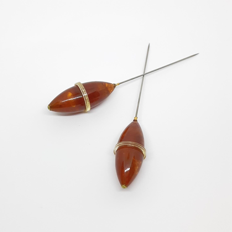 Hatpin - 2 vintage ovalen hoeden pinnen in amber bakelite hars