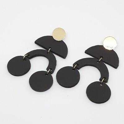 Oorbellen met boogjes en bolletjes in zwart bruin