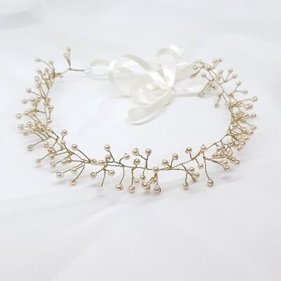 Bruidsaccessoire - kroon met kleine parels en gouddraad