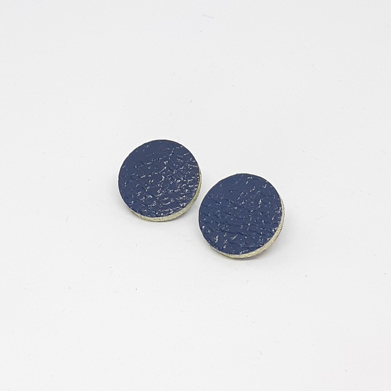 Oorbellen met een gouden randje - donker blauw lakleder - diam: 2,4 cm