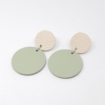Statement oorbellen duo color - ecru & munt groen