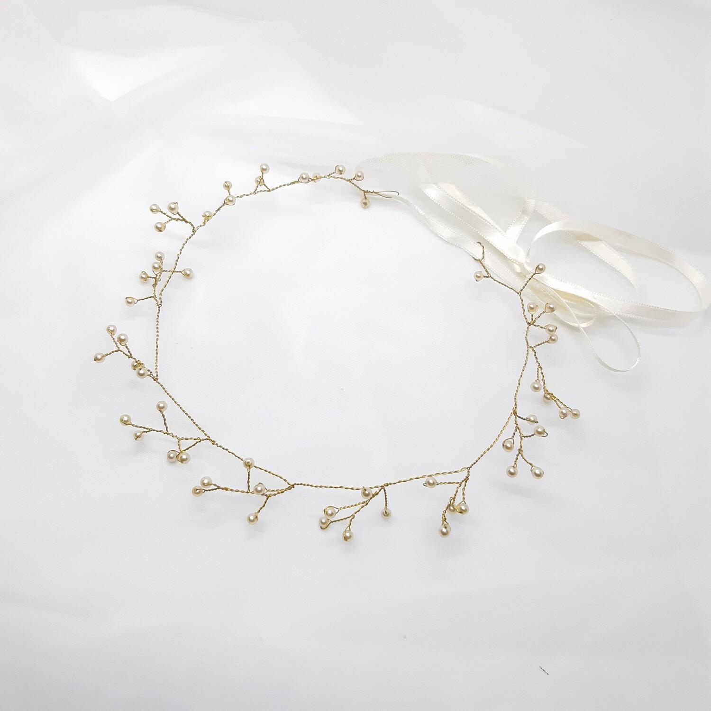 Bruidskroon met fijne parels en goud draad