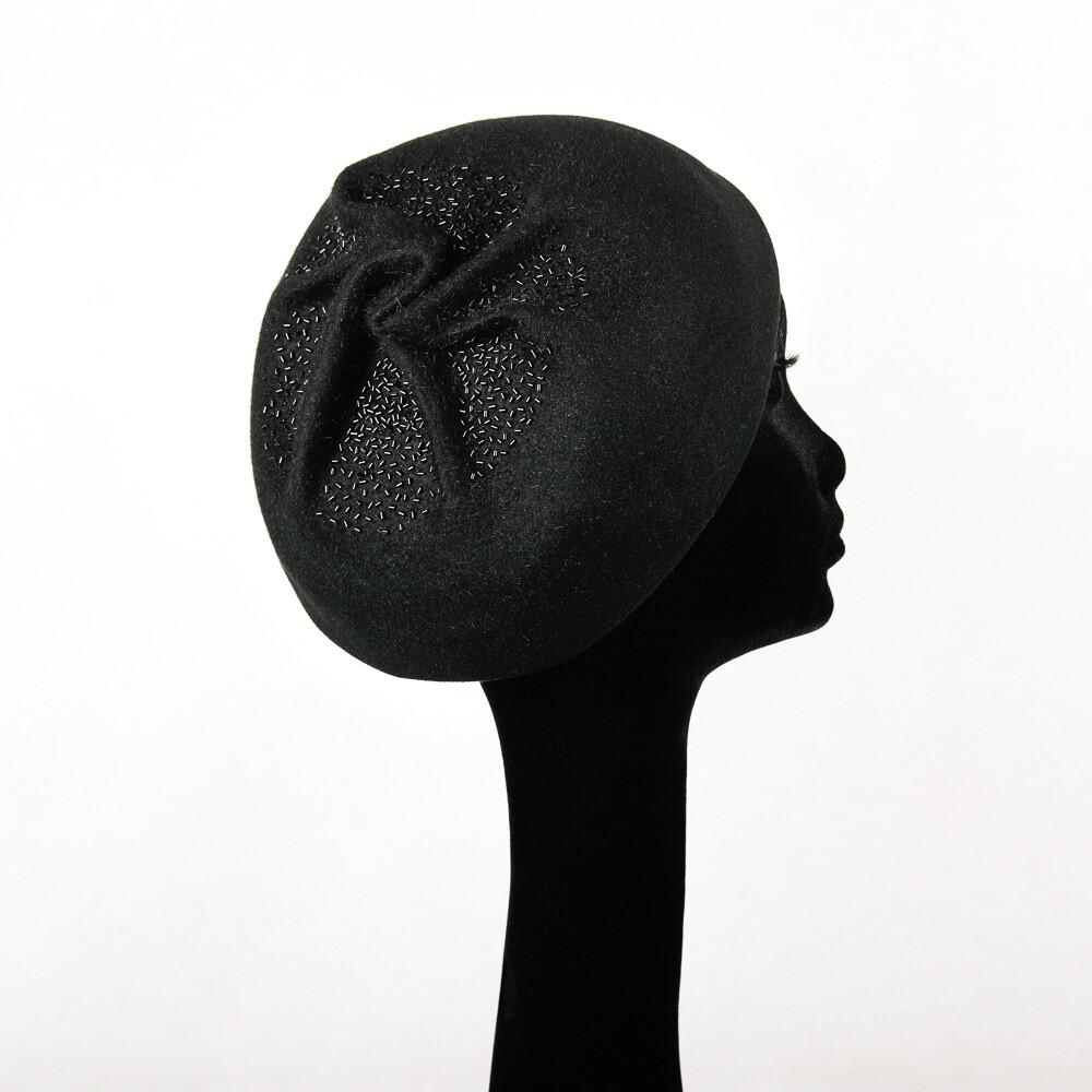 Hoed model Maxima - haarvilt zwart geperleerd