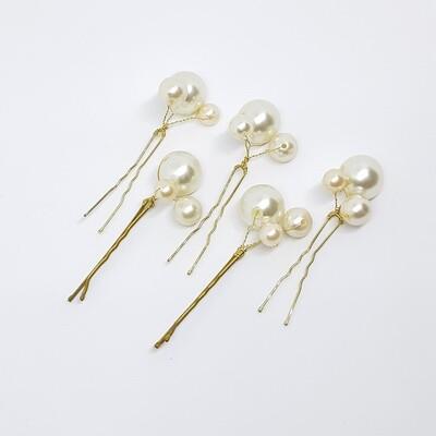 Haarpins en Bobbypins  set van 5 pins met 3 parelmoer parels per pin