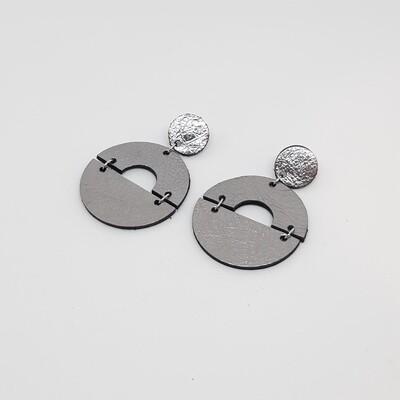 Oorbellen sterrenbeeld Capricorn/Steenbok (22 dec-19 jan) zilver lakleder