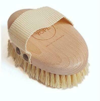 YOPE Масажна щітка  з деревини бука та натуральних волокон агави