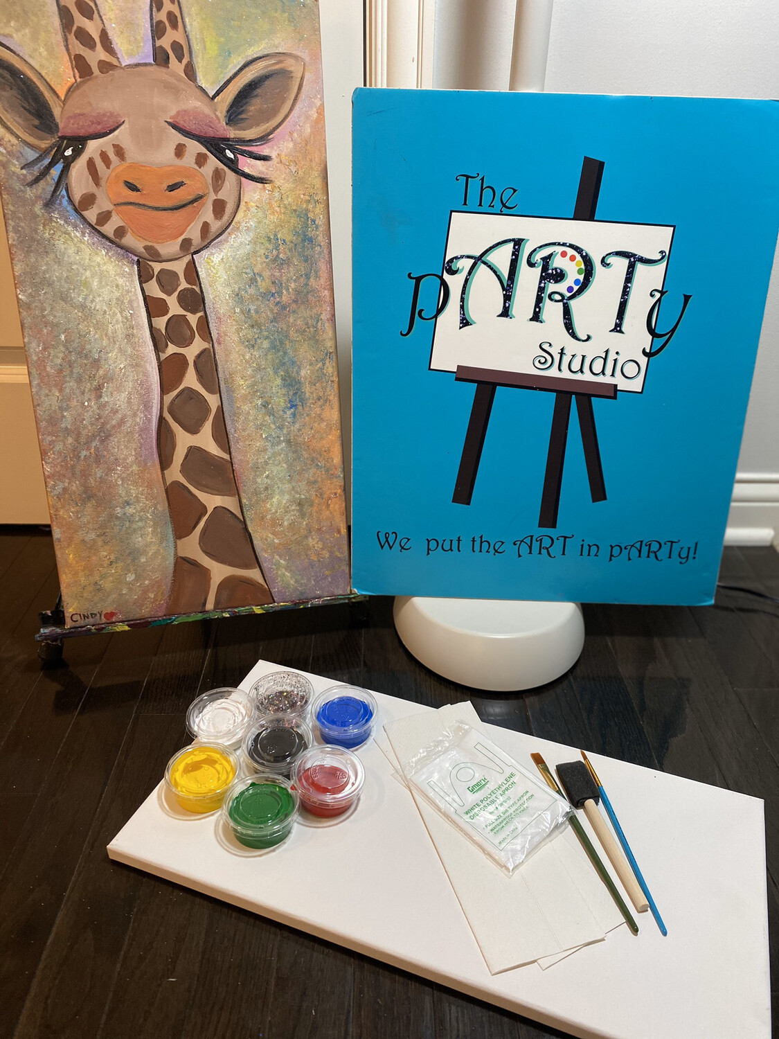"10x20 Canvas & Paint Kit ""Giraffe"""