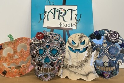 10/9/2020   6:30pm - 9:30pm D.I.Y.  Halloween Cut Outs RESIN ART Workshop with Mulder Artistry  @ The pARTy Studio (NO COUPONS / NO DISCOUNTS ACCEPTED)
