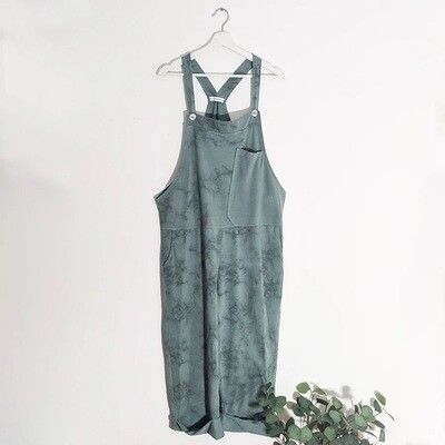 SHADED PRINT JERSEY DUNGAREES WITH A-SYMMETRIC PLAIN POCKET DETAIL GREEN