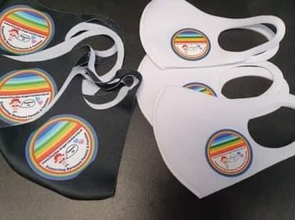 Masks  black or white
