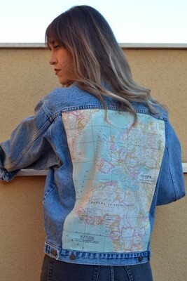 Cazadora Mapa mundi