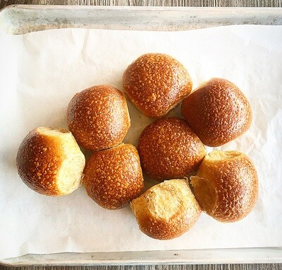 Whole Wheat Dinner Rolls (60 grams)