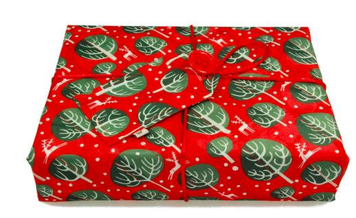 Medium Crackle Wrap - Red Berry - 48 x 48cm