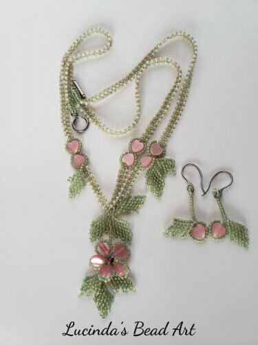Valentine Heart Flower Necklace Set in Pink and Green
