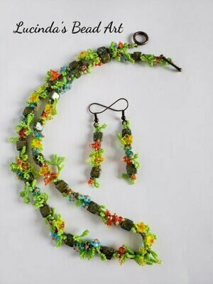 Garden Path Necklace Set