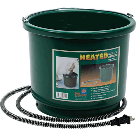 Farm Innovators Plastic Heated 2 Gallon Bucket