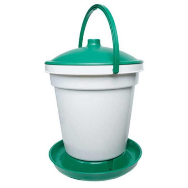 Quick Clean 5 Gallon Bucket Waterer