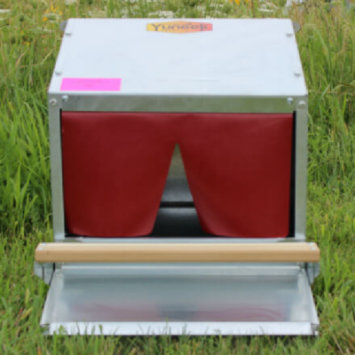 "Rollaway 16"", 24"", or 48"" Community Nest Box"