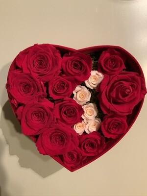 Cuore di fiori stabilizzati / Heart preserved flowers