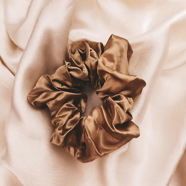 Silk Scrunchie Caramel