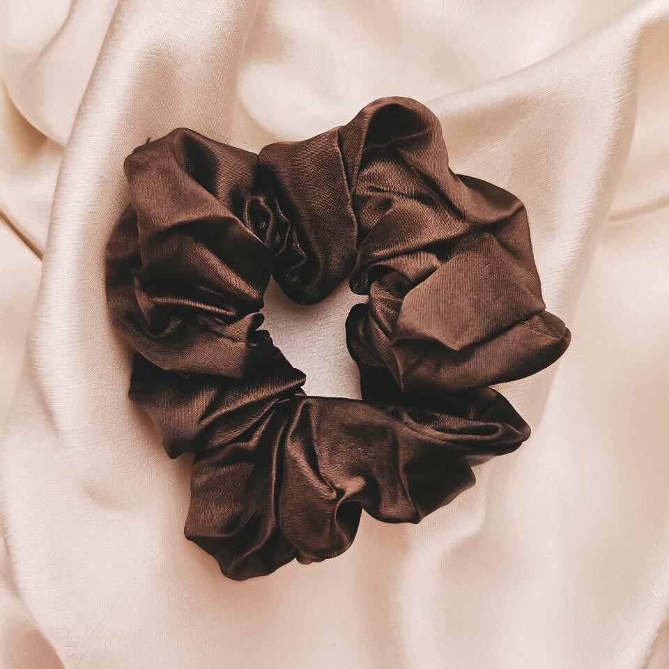 Silk Scrunchie Chocolate