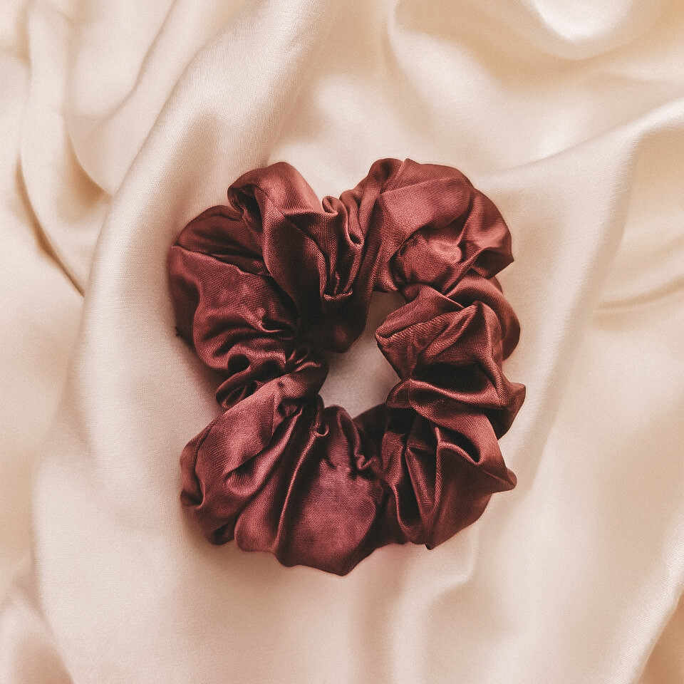 Silk Scrunchie Red Velvet