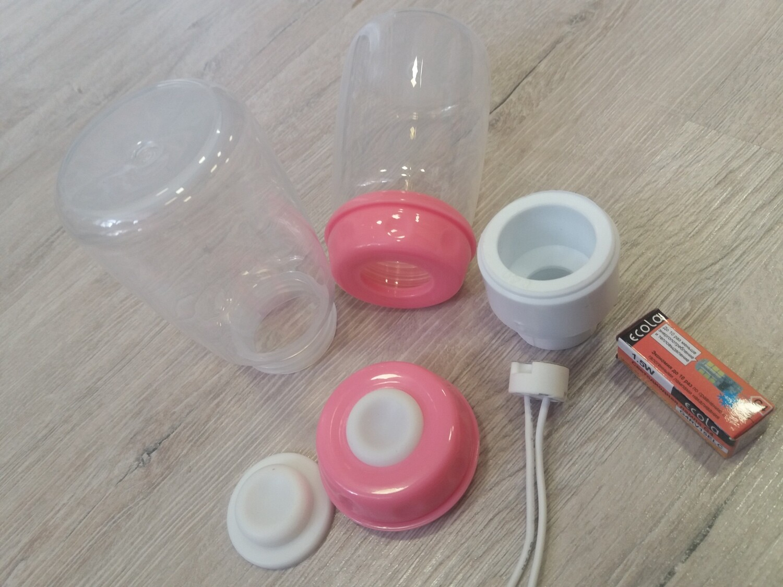 Пластиковый Контейнер 11х6х6см с резьбой плафон