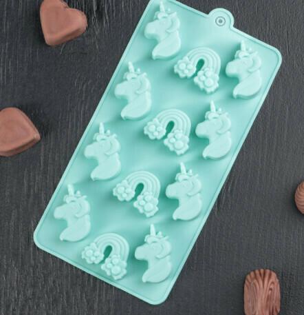 Форма для льда и шоколада Доляна «Сказка», 22×10,7×1,5 см, 12 ячеек