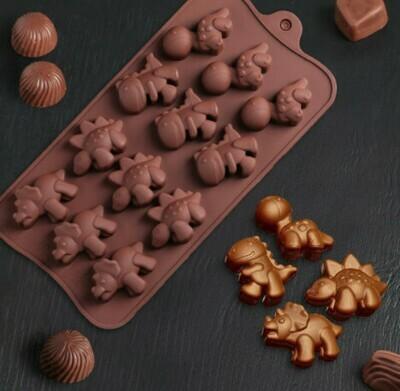 Форма для льда и шоколада Доляна «Динозаврики», 21×11×1,5 см, 12 ячеек