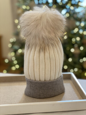 Cream and Grey Two-Tone Supersoft Wool/Cashmere Pompom Hat