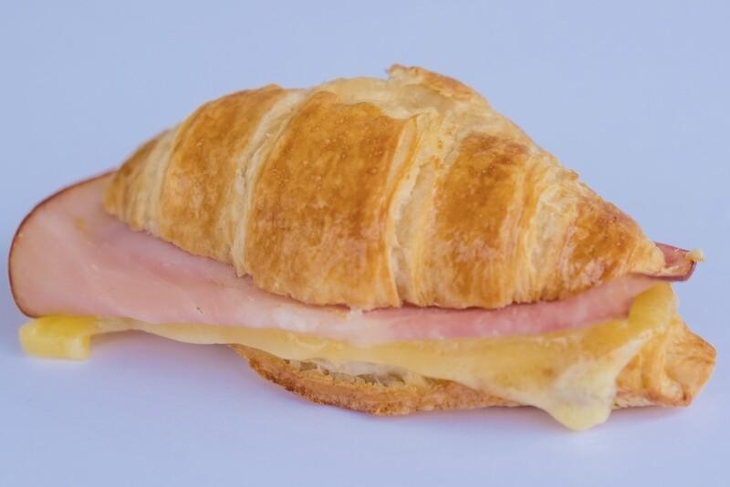 Ham and cheese mini croissant (12)