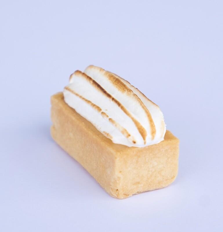 Lemon Meringue tart (20)
