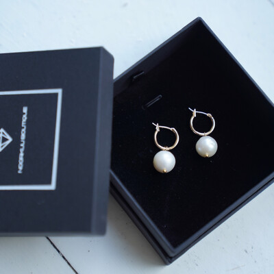 Gold plated earrings with natural pearls, 12mm
