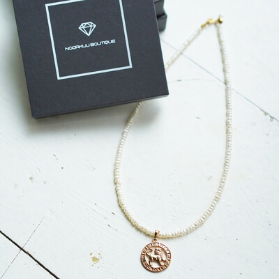 Pearl necklace with your zodiac sign