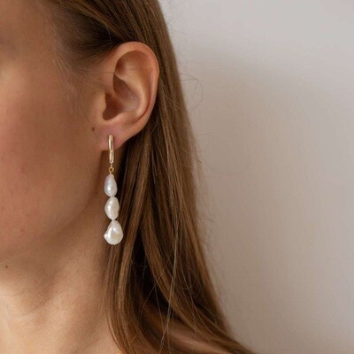 Gold plated earrings with natural baroque pearls