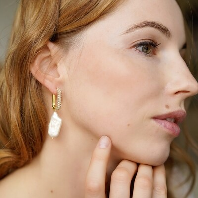 Gold plated earrings with natural pearls (2 in 1)