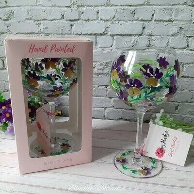 Gorgeous Hand Painted Pansy Design Balloon Gin Glass