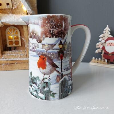 Gorgeous Robins Christmas Scene Fine China Milk Jug