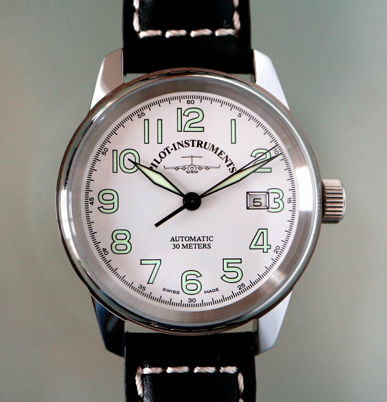 Zeno-Watch Classic Pilot Automatik - mit weissem Zifferblatt