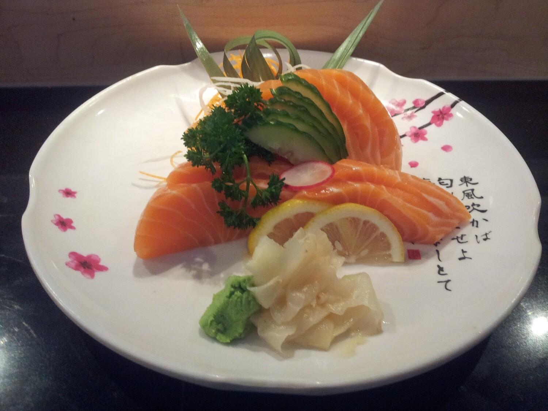 Salmon Sashimi (Full)