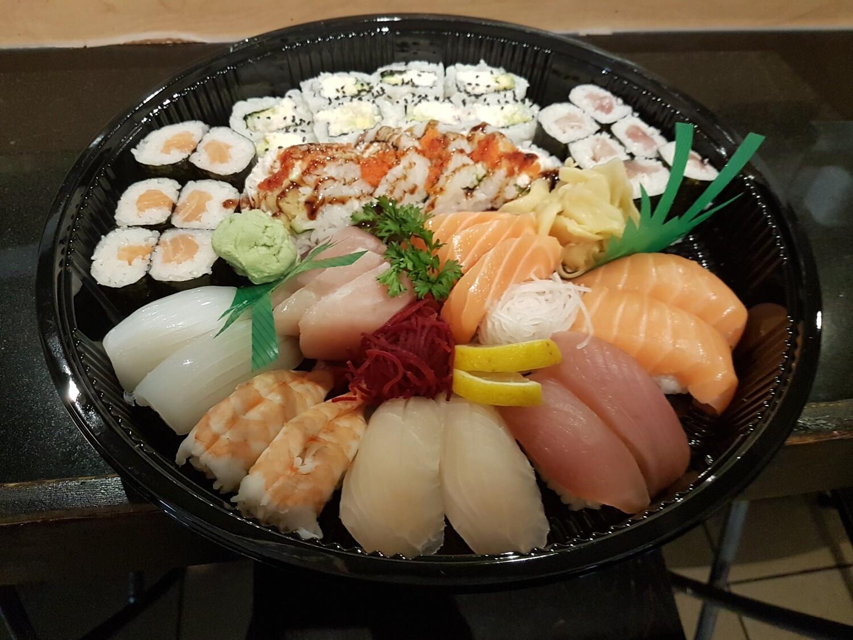 Sashimi & Sushi Tray A