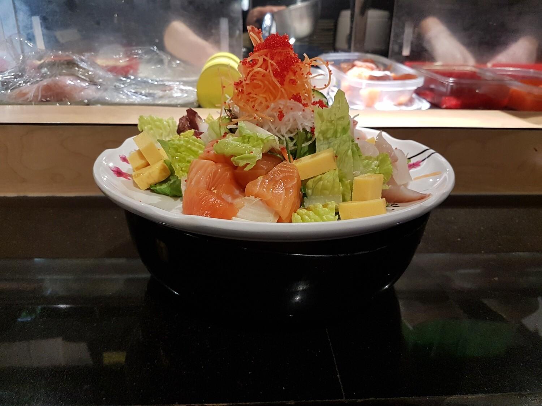 Spicy Chirashi Donburi (회덮밥)