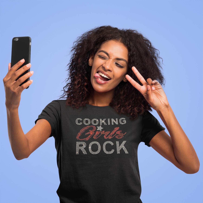 Cooking Girls Rock - Rhinestone Fitted Women Tees