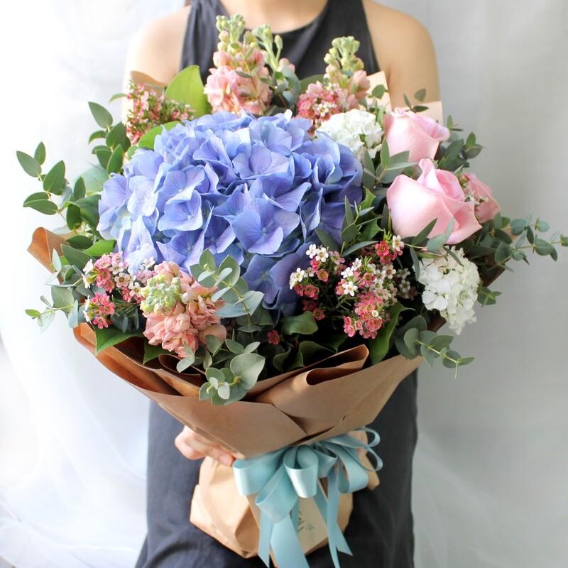 Florist's choice SOFT PASTEL