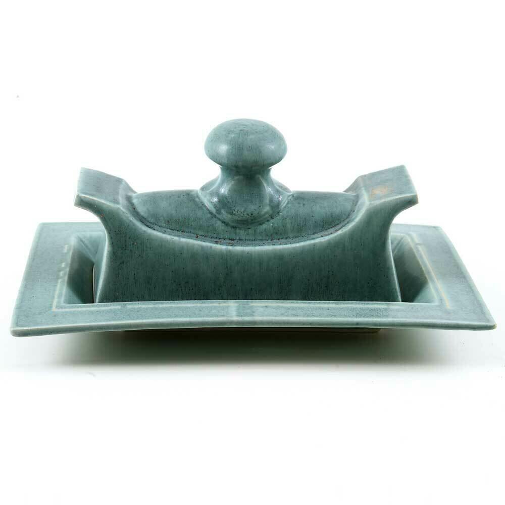 Butter Dish - Original design, Knob handle. Porcelain
