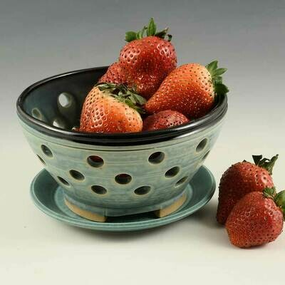 Berry Bowl with matching plate - Turquoise Glaze - Porcelain