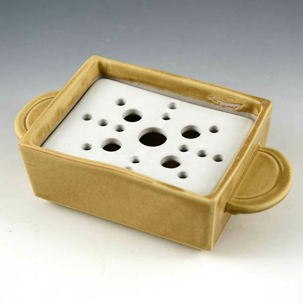 Soap Dish - Wheat Coloring - Removable strainer. Porcelain