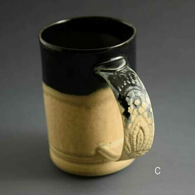 Mug - Dark top mug with lace-patterend handle detail. Porcelain